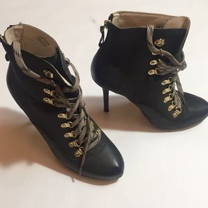 Cloud 9 Lace up booties